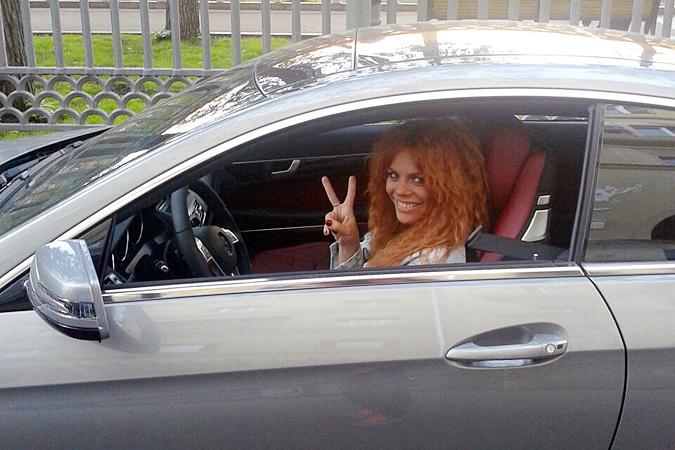 Анастасия Стоцкая за похудение получила машину