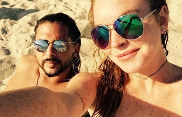 Линдси Лохан отдыхает в Греции