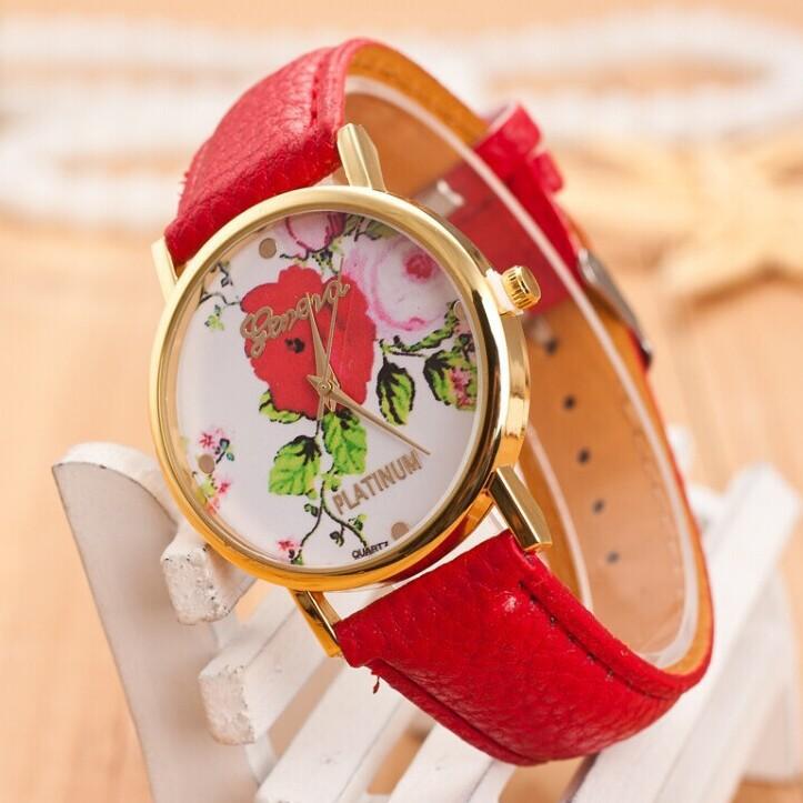 Женские наручные часы красные