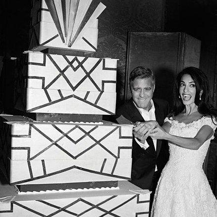 Джордж и Амаль Клуни торт