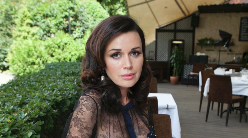 Анастасия Заворотнюк стала соседкой Наташи Королевой