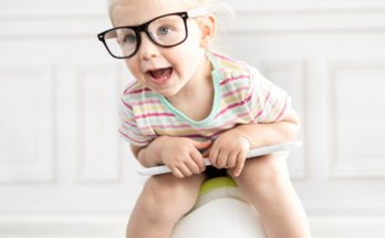 Как приучить ребенка к горшку? Полезные советы