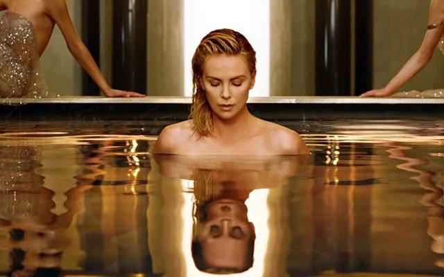 Шарлиз Терон в новом рекламном ролике Dior