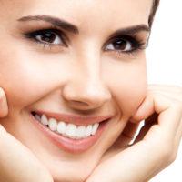Способы безопасного отбеливания зубов в домашних условиях