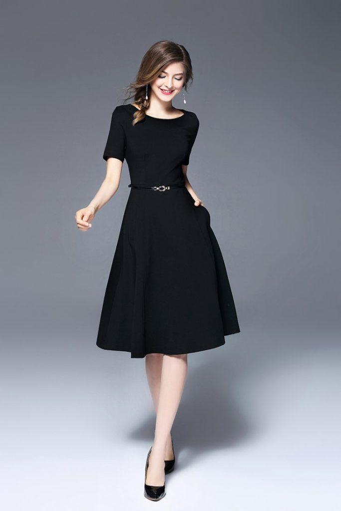французские черное короткое платье