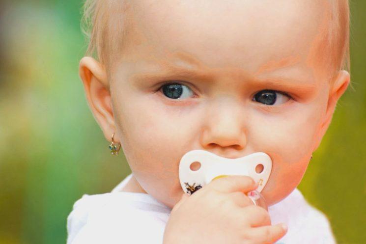 Как отучить ребенка от соски. Маме на заметку