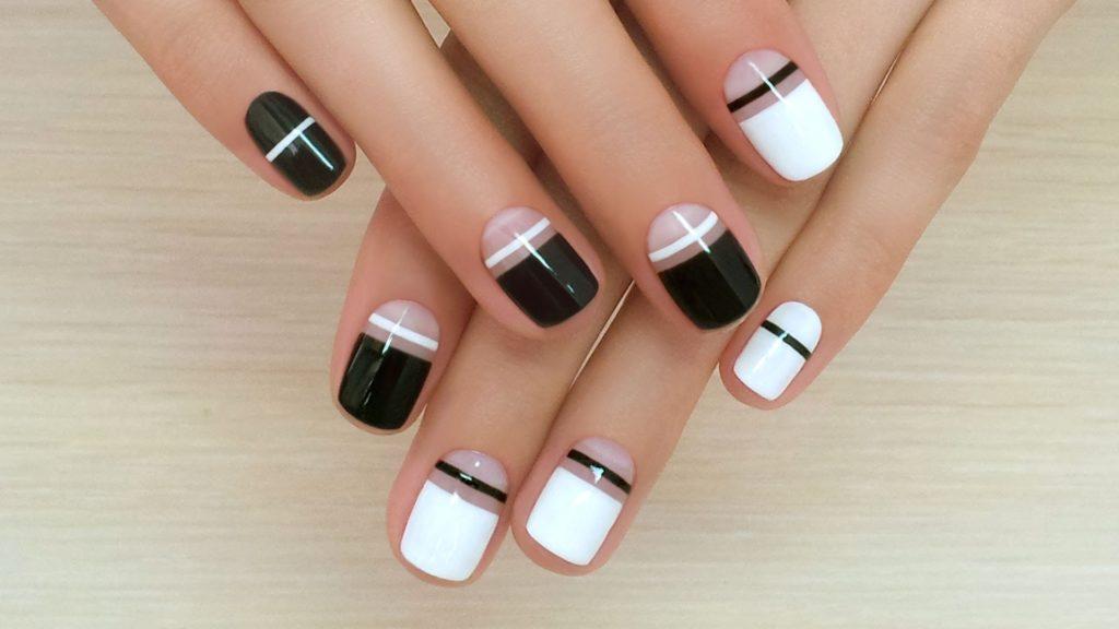 Решетка на ногтях
