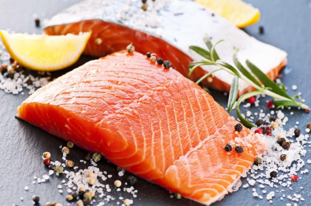 сколько калорий в лососе