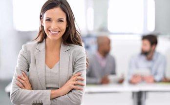 Как должна вести себя деловая женщина?
