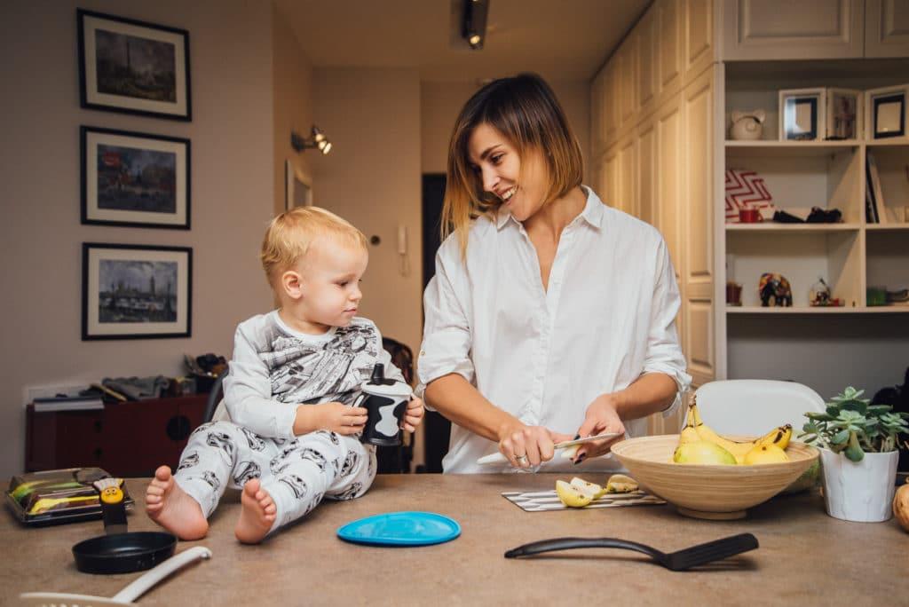 готовка дома вместе с родными