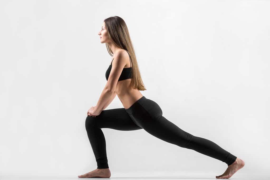 Комплекс упражнений для зарядки для женщин