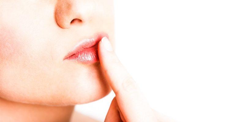 Домашний скраб для губ