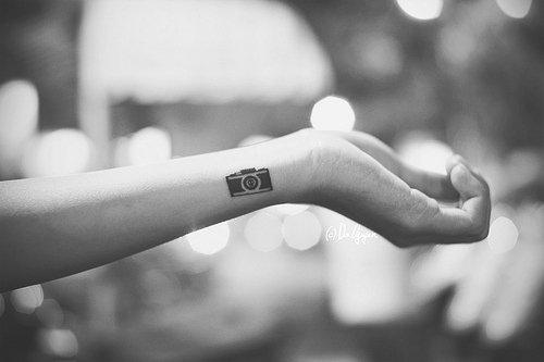 идеи для маленьких татуировок фотоаппарат