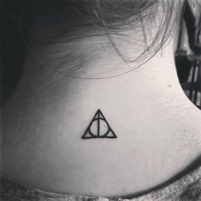 идеи для маленьких татуировок Дары Смерти