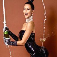 Сколько стоит попа Ким Кардашьян