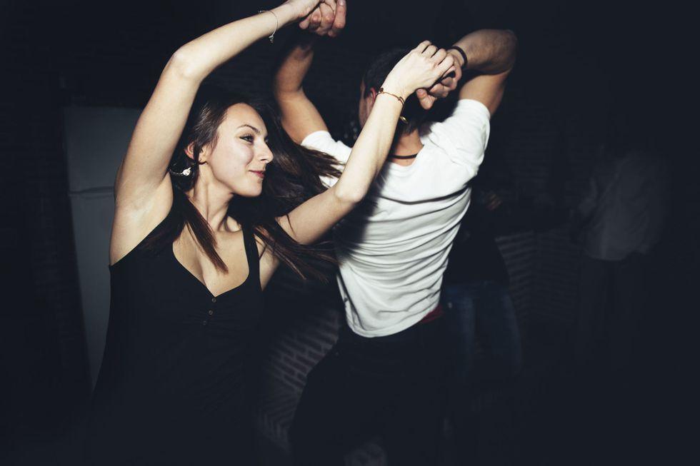 идея для свидания пойти на танцы