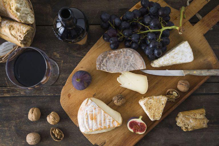 идея для свидания вино и сыр