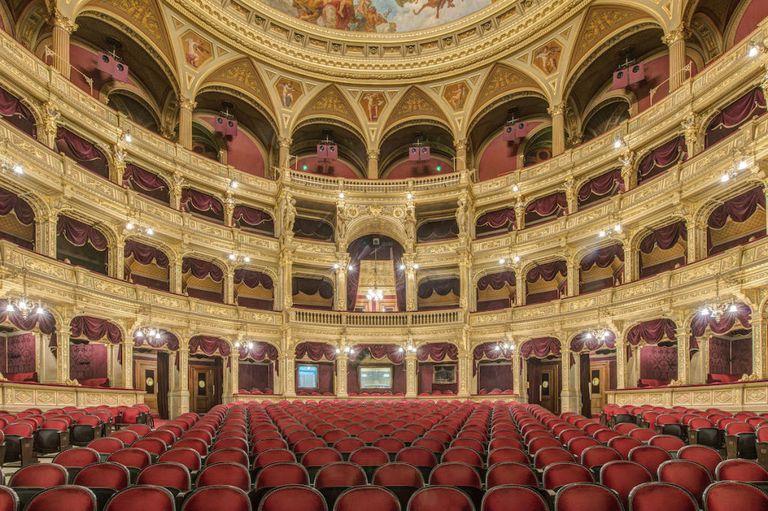 идея для свидания опера