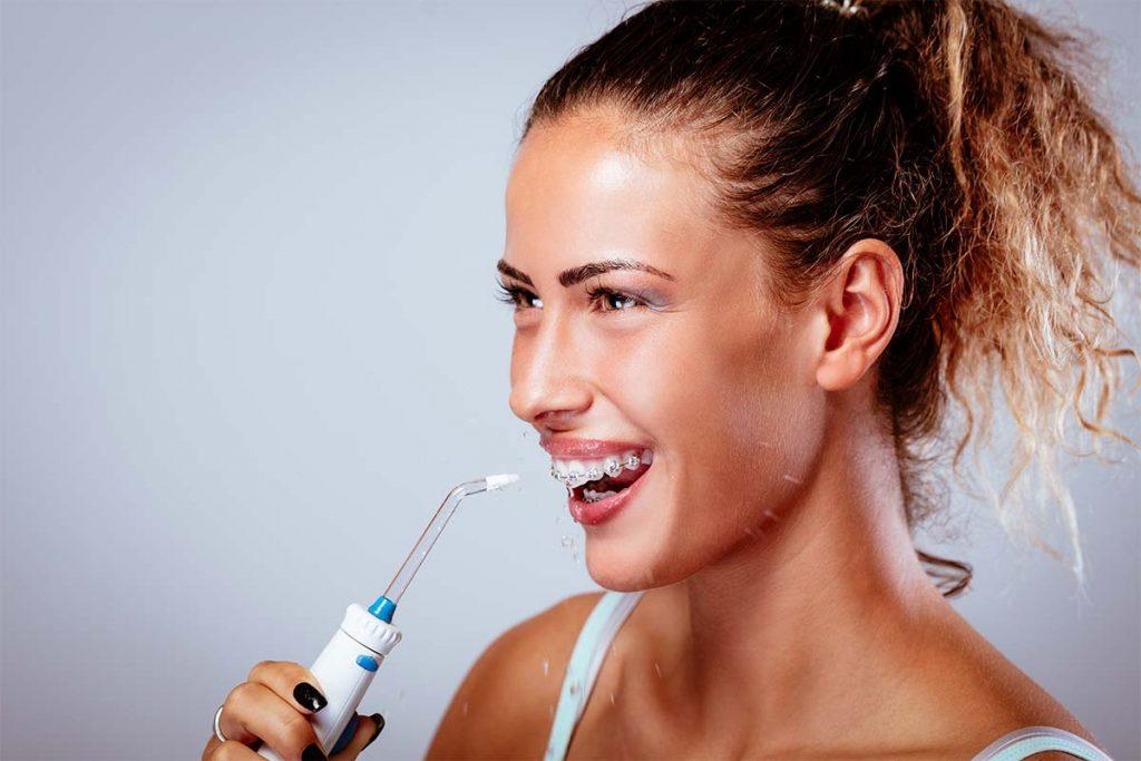 ирригатор для чистки полости рта