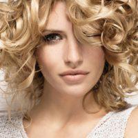 Как создать красивые и эффектные кудри на волосы