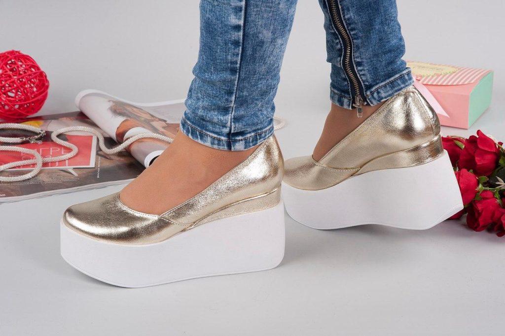 Женские летние ботинки