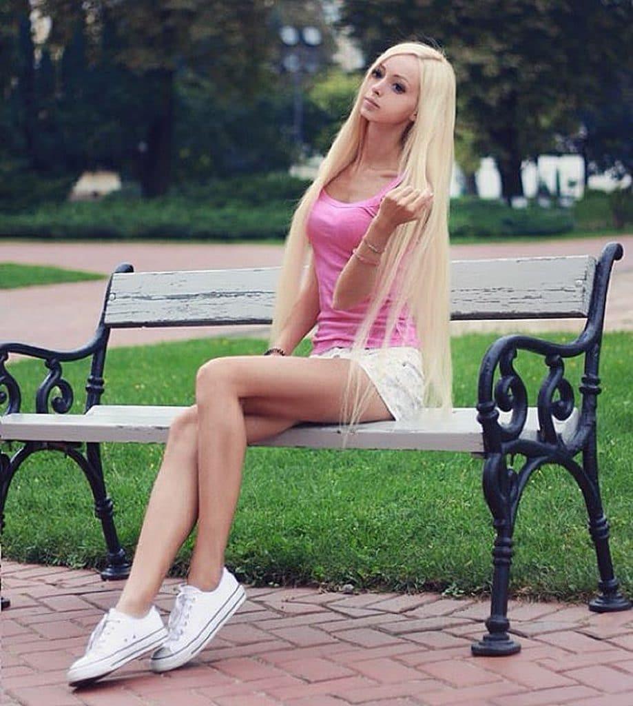 Украинская живая Барби фото