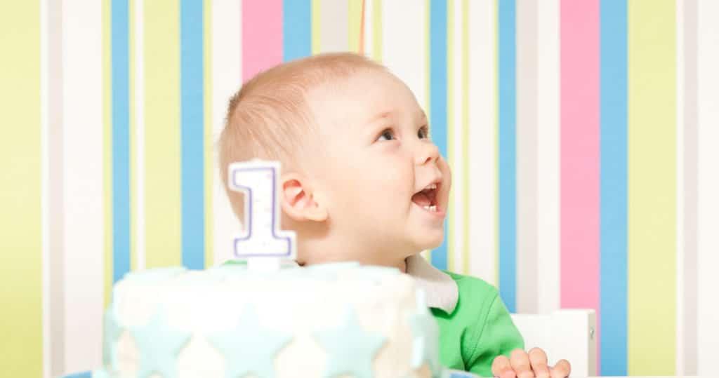 Что подарить годовалому ребенку