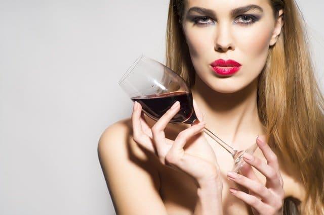 Вино и женский характер: в чем истина?
