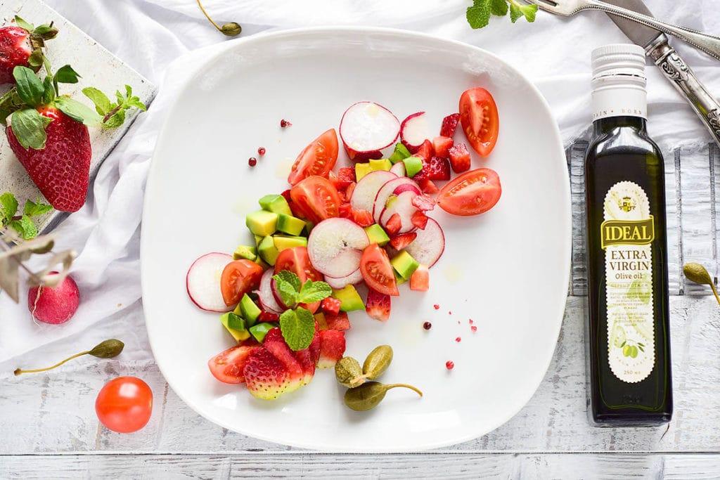 рецепт салата с авокадо и томатами