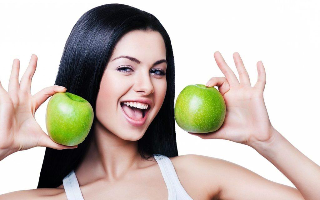 Худеем с помощью яблочной диеты