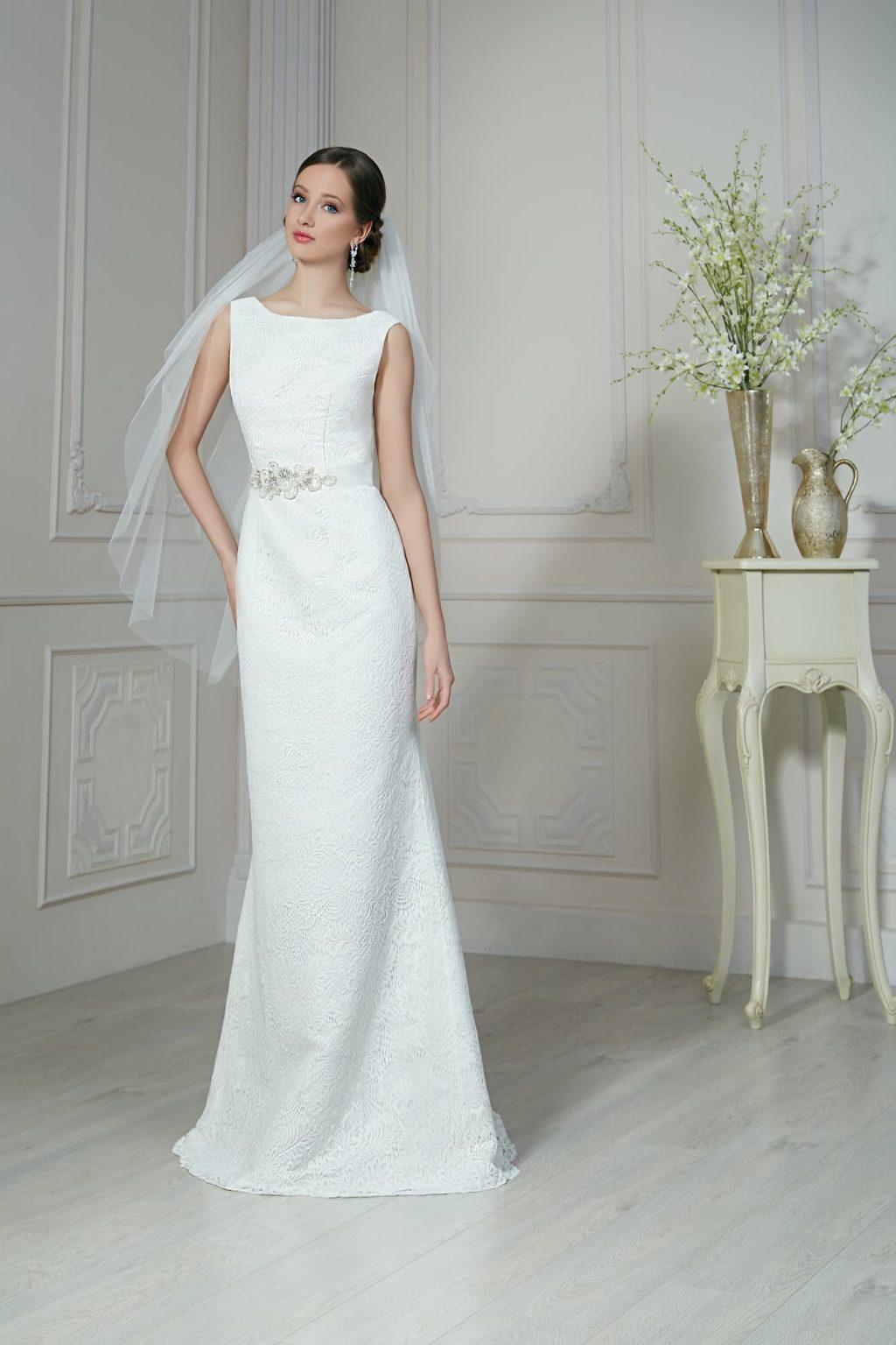 свадебные платья прямые