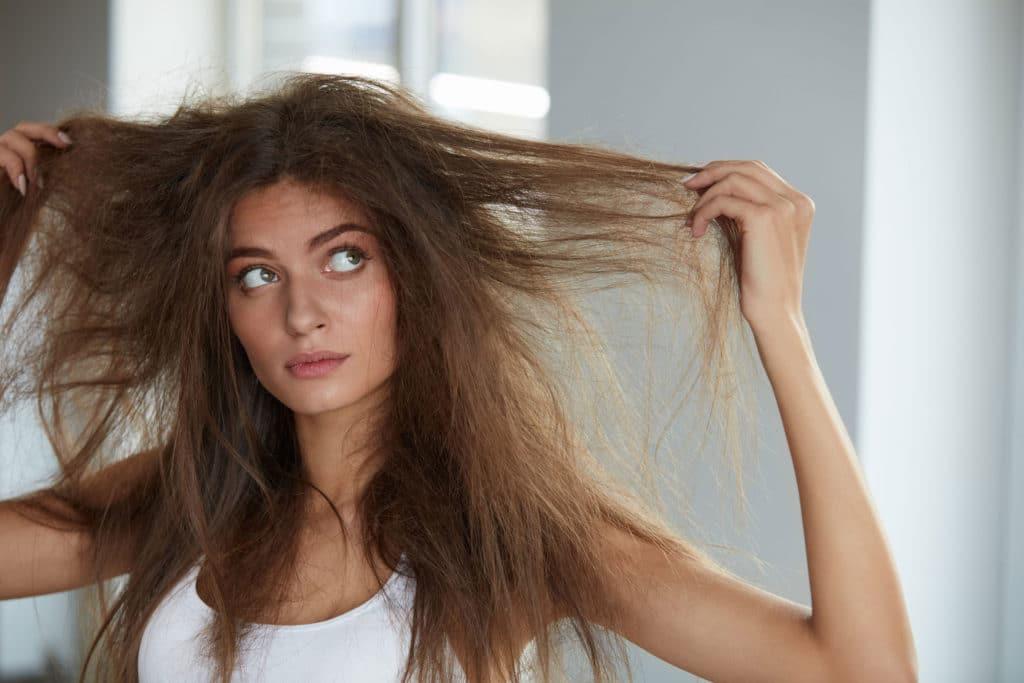 избавляемся от пушистости волос