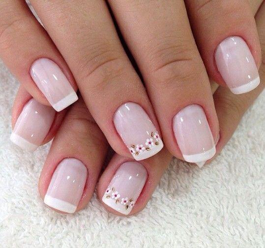 Очаровательный цветочный дизайн ногтей