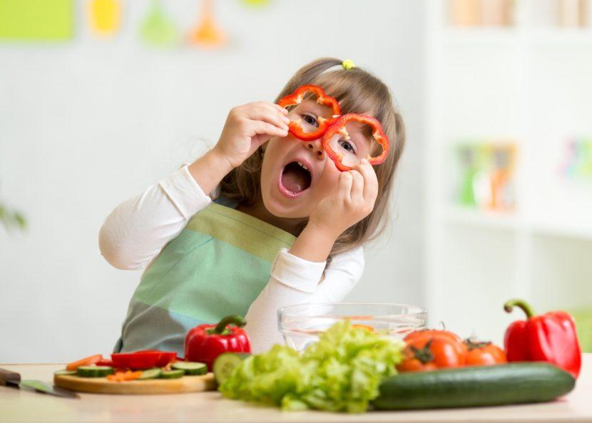 Как заставить ребенка есть? 6 правил правильного кормления