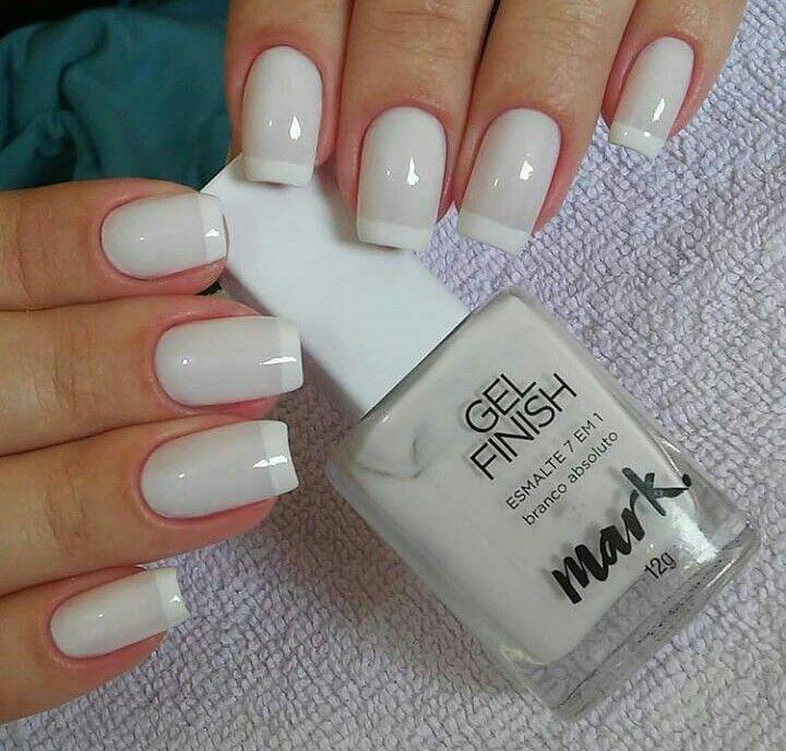 Бледно-серые французские ногти