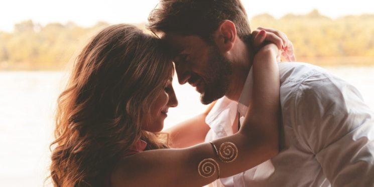 Мужчина и женщина. О притяжении противоположных полюсов