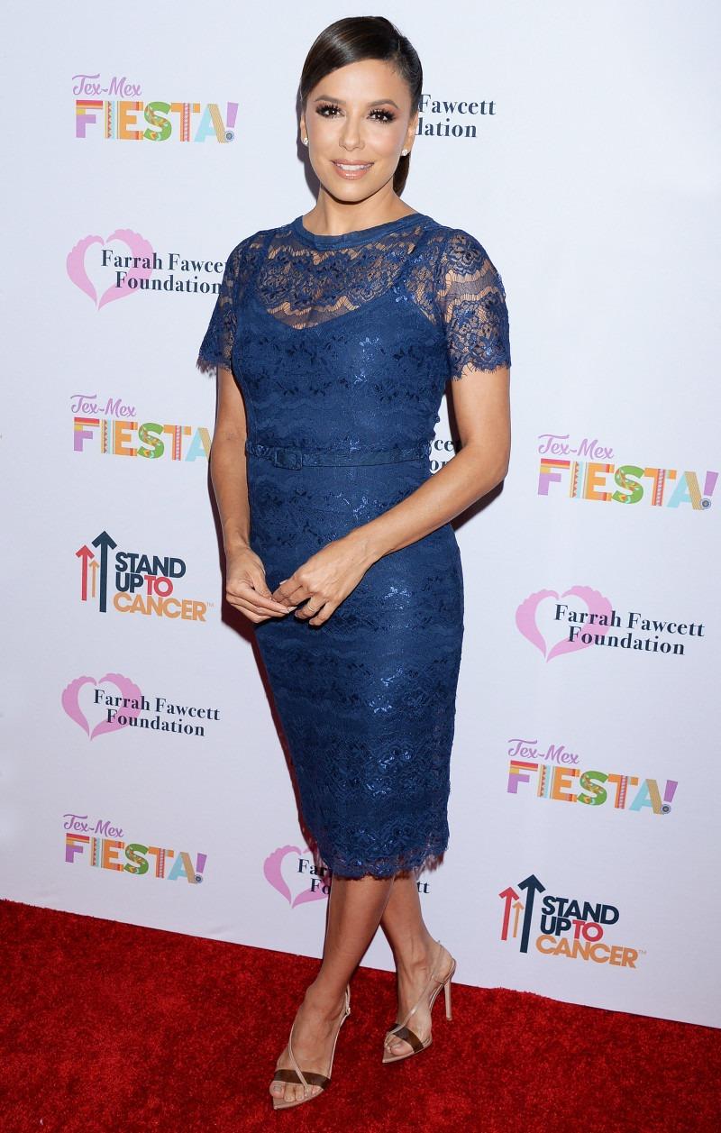 Ева Лонгория в стильном платье