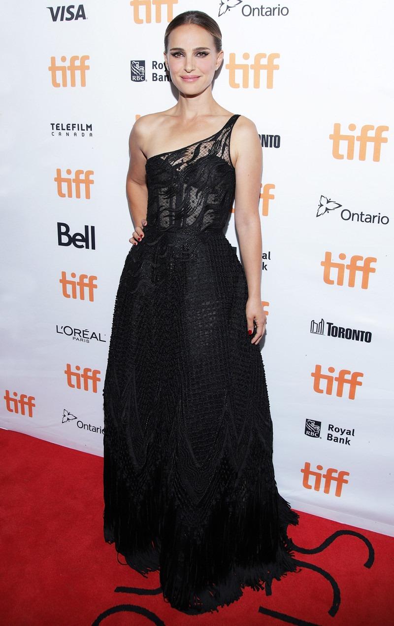 Натали Портман в вечернем платье