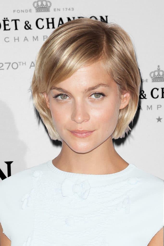 Короткая стрижка блонд