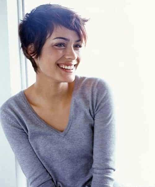 https://thecuddl.com/images/2017/07/37-simple-hairstyle-thecuddl.jpg