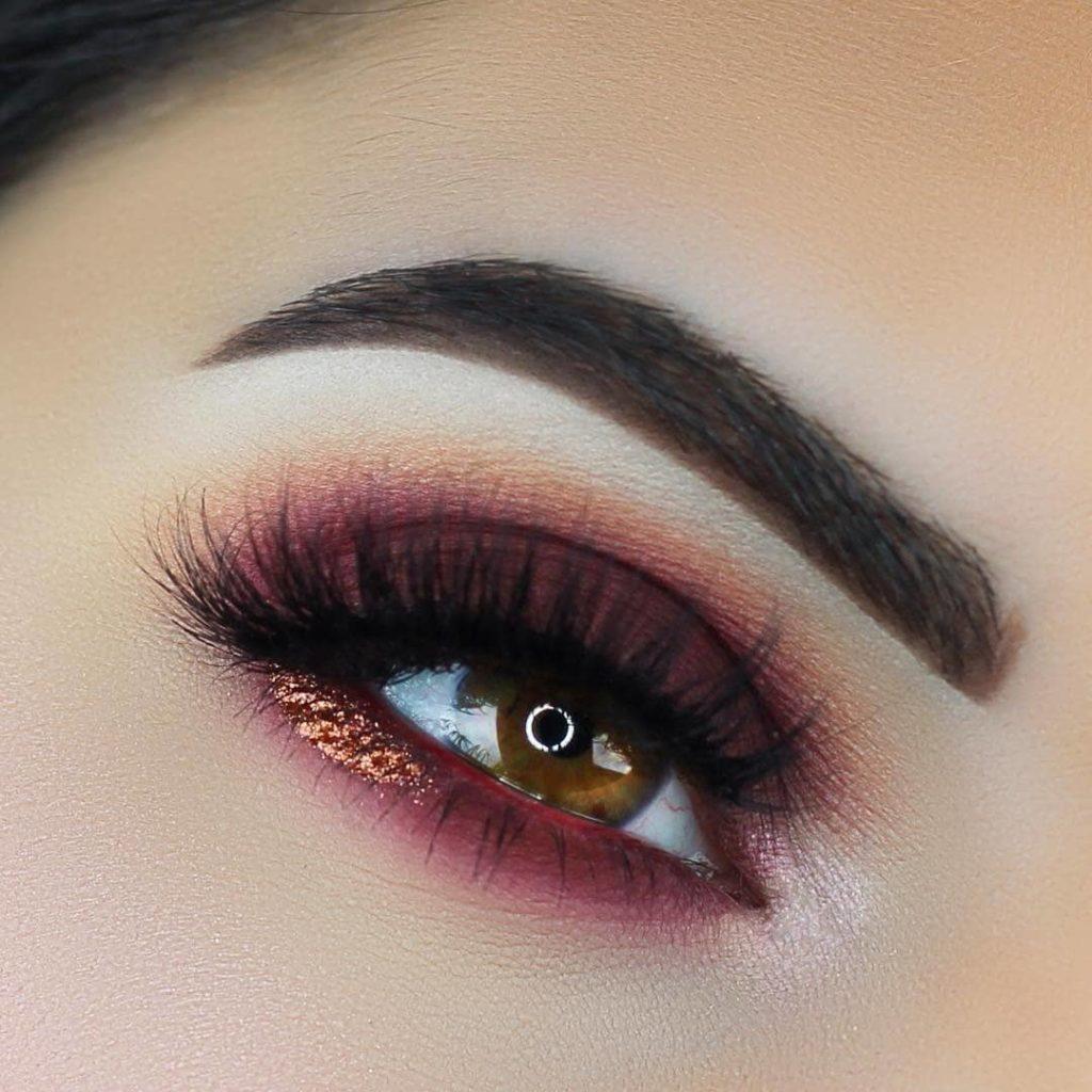 Алый макияж глаз