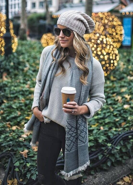 модный лук на осень Стильная серая одежда это модно
