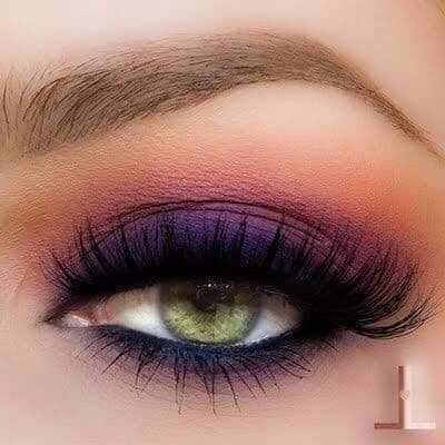 Пурпурный макияж глаз