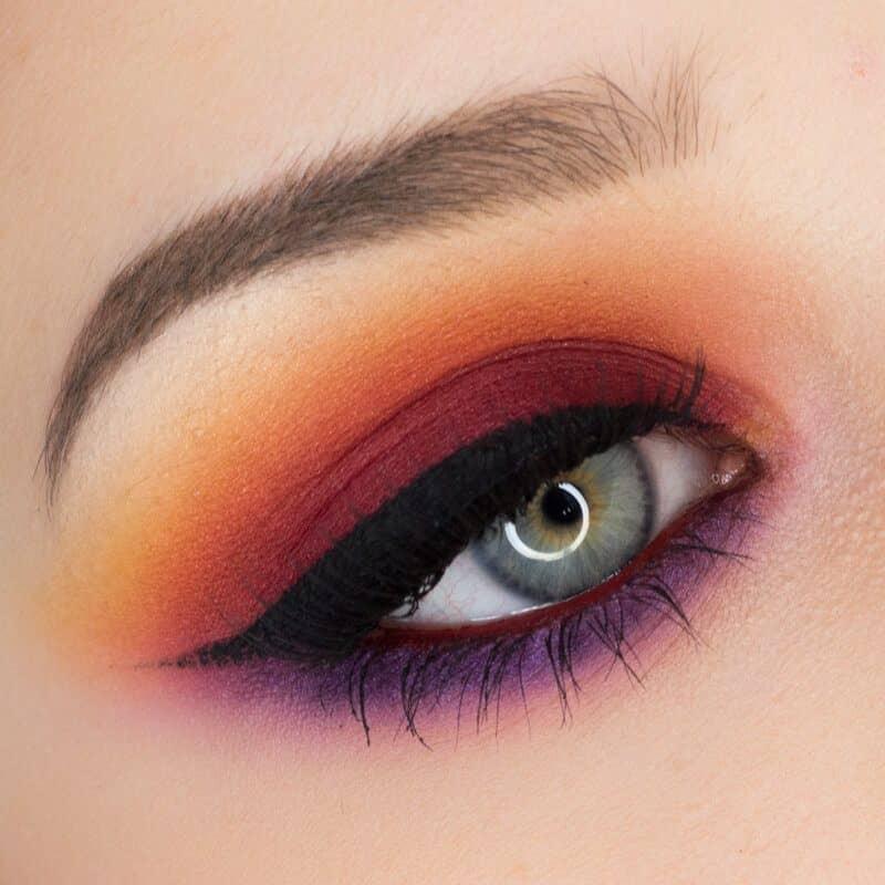 Разноцветный макияж глаз