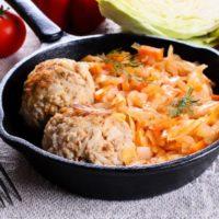 Вкусные рецепты: Как приготовить тушеную капусту