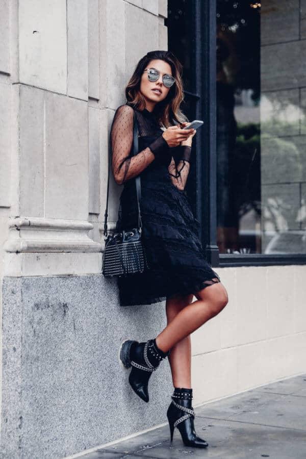 Модный черный тотал лук