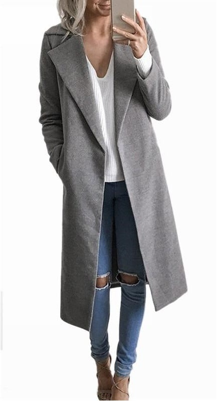 Простое и стильное серое пальто