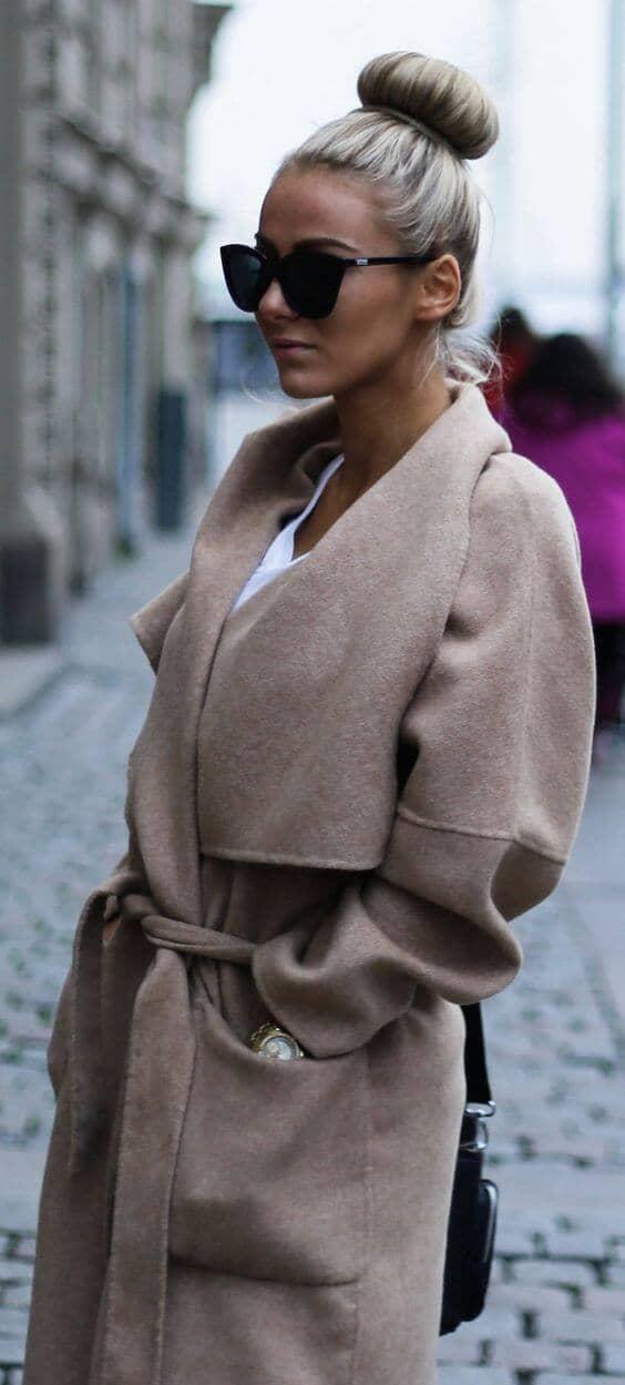 Зимнее пальто с поясом