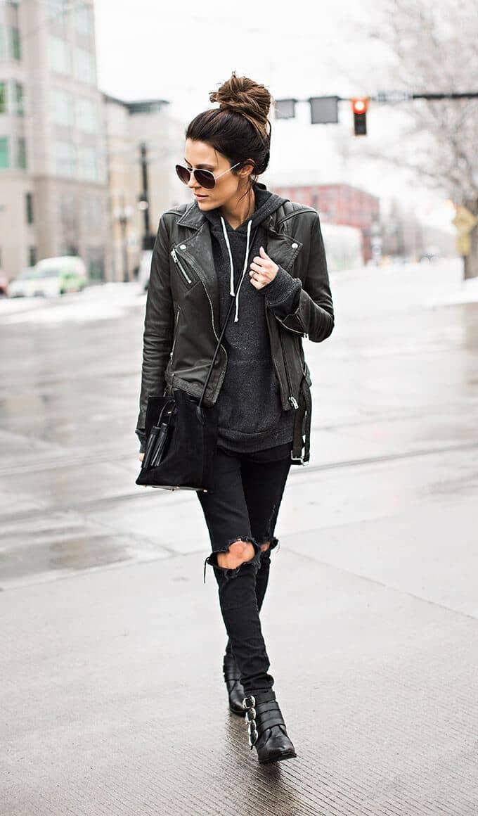 Черный лук для дождливой погоды