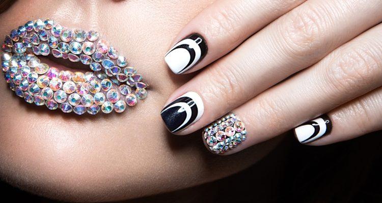 50 потрясающих идей черно-белого дизайна ногтей, который легко создать
